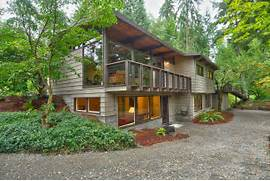 Lake Forest Park Northwest Contemporary Home SOLD But If You List 15 Modern Forest Homes That Will Take You Close To Nature Modern Dream Home In The Forest Modern House In The Forest With Windows Instead Of Walls
