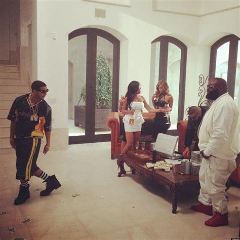 Drake Meme No New Friends - drake no new friends meme goes viral photos