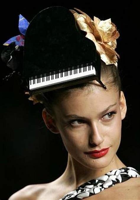grand piano hat       top
