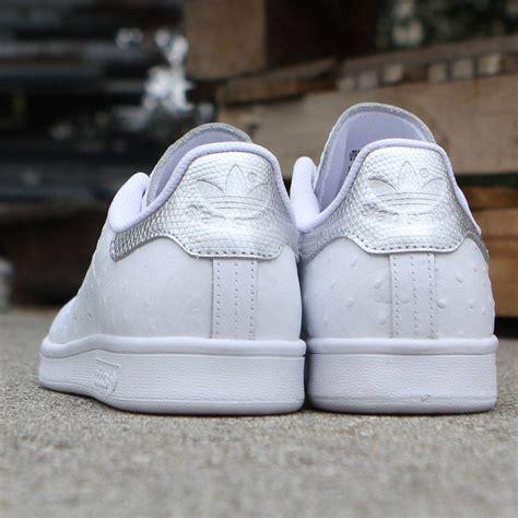 adidas men stan smith ostrich leather white silver