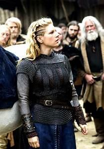 Vikings earl Lagertha costume | NSPRCJ | Pinterest ...
