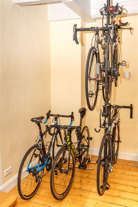 Fahrradständer Für Wohnung by Fahrradst 228 Nder Wohin Mit Dem Liebling Cycling Adventures