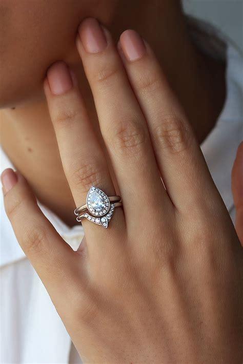 3rd eye ring bridal set third eye pear engagement ring