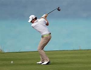 Rory McIlroy Perfect Golf Swing Sequence : Aggressive Body ...