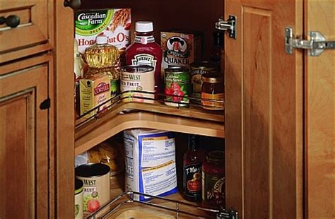kitchen cabinets with pantry 1000 images about cabinetry on 6479
