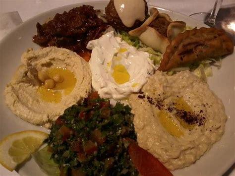 cuisine libanaise mezze assiette libanaise picture of le mezze du