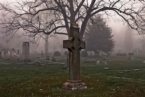 15 beautiful and disturbing cemeteries in carolina