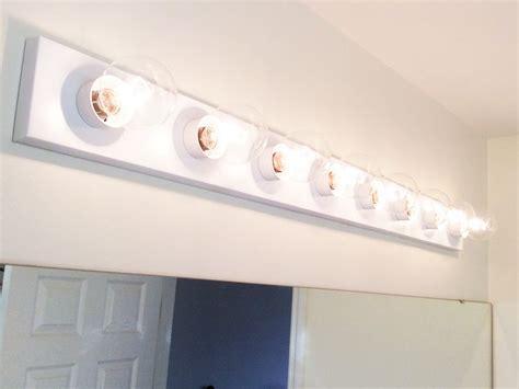 Update A Hollywood Brass Light Fixture W/spray Paint