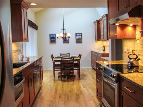 galley kitchen ideas makeovers tips create galley kitchen remodel home ideas collection 3704