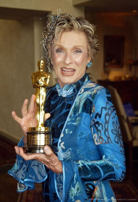 cloris leachman bio wiki career net worth personal