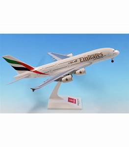 Emirates Airbus A380-800 1:200 - Aircraft Models Online ...