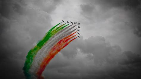 frecce tricolori selective coloring wallpapers hd