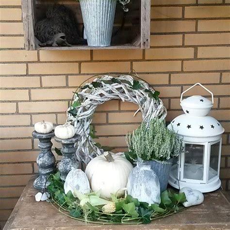 Herbstdeko Fensterbank Innen by Sch 246 Ne Herbstdeko In Wei 223 Quelle Mona Moony