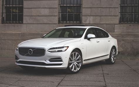 Volvo S90 T8 by 2018 Volvo S90 T8 Keeping The Quirkiness On Point The