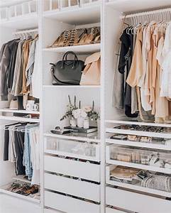 Begehbarer Kleiderschrank Klein : begehbare kleiderschrank designideen gro oder klein ein begehbarer kleiderschrank ist ein ~ Eleganceandgraceweddings.com Haus und Dekorationen