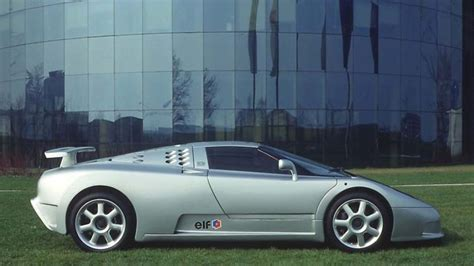 Bugatti offered the eb110 in the model variants eb 110 gt (gran turismo) and a little later the lighter and stronger variant eb110 s (super sport, later called ss). 1992 Bugatti EB110 SS