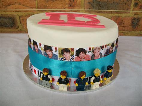 cake   direction lego mini figures liam louis