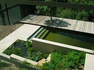 Natural pools or swimming ponds o insteading for Decoration pour jardin exterieur 7 dressing design