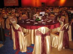 a burgundy gold and ivory wedding on burgundy wedding burgundy and gold weddings