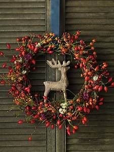 Dekoideen Herbst Winter : die besten 25 kranz binden ideen auf pinterest hortensienkranz hortensie kranz und t rkranz ~ Markanthonyermac.com Haus und Dekorationen