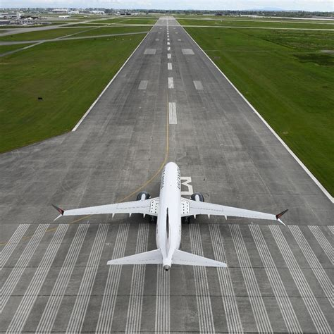 Why do airline pilots tell us the runway they're landing on?