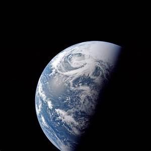 Apollo Image Atlas