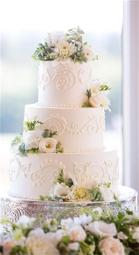 wedding cakes  divinely delicious cakes  celebrate