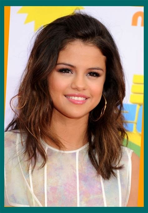 stylish medium length hairstyles for teens elle hairstyles