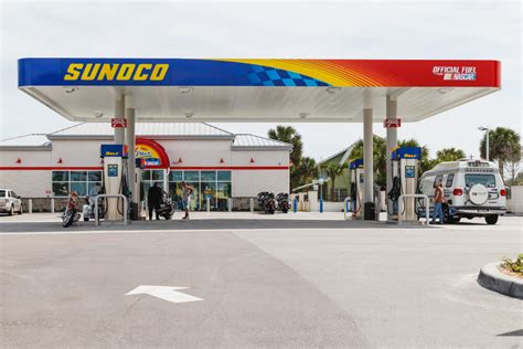 arco gas station   upcoming car designs