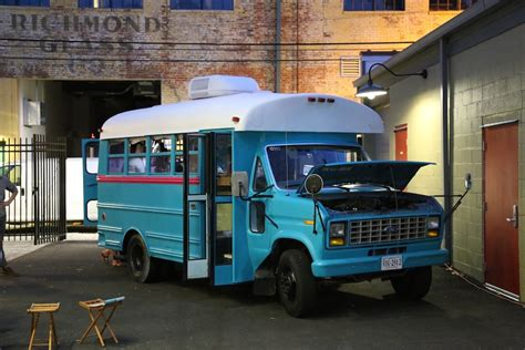freedom tree design home students convert into 160 sq ft diy motorhome