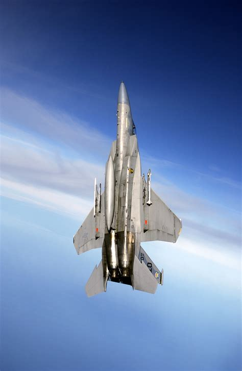 Vertical Image File F 15c Carrying Aim 9x Maneuvers Into A Vertical Climb
