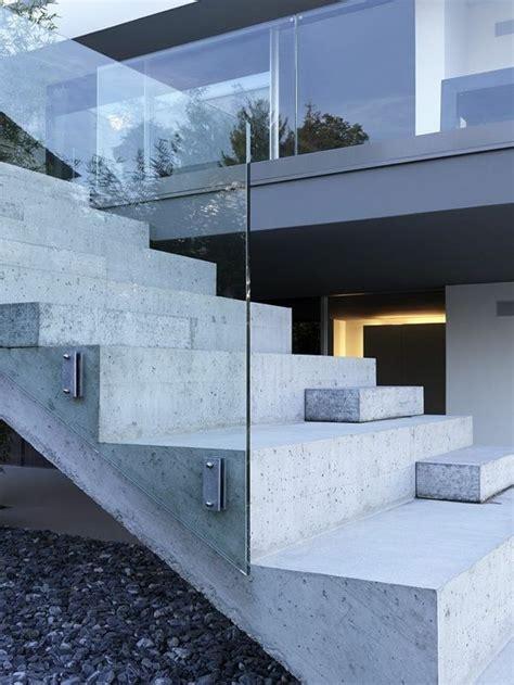 designs d escaliers avec garde corps en verre archzine fr design garde corps verre