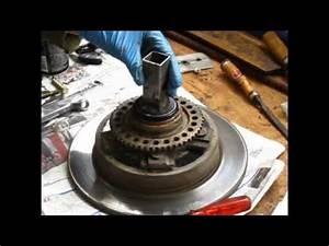 Roulement De Roue : changement du roulement de roue avant jimny how to change the wheel bearings jb43 youtube ~ Medecine-chirurgie-esthetiques.com Avis de Voitures