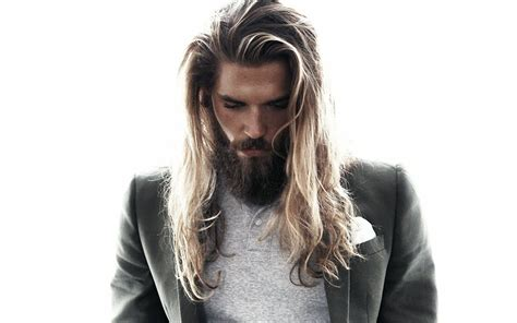 Best Men's Long Hairstyles for Summer