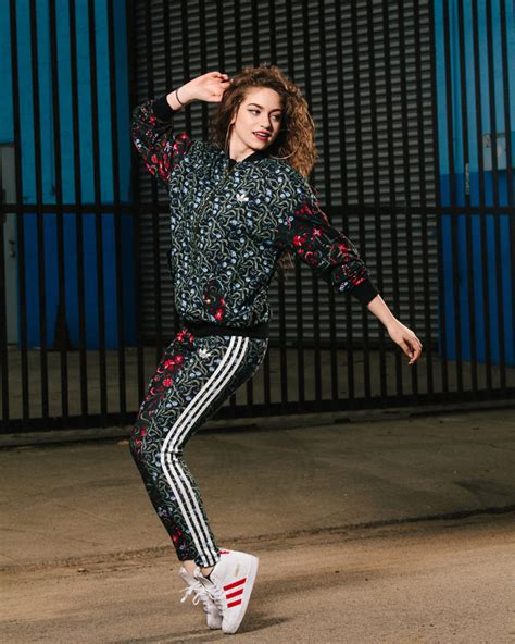 All you need to know about Dancer Dytto