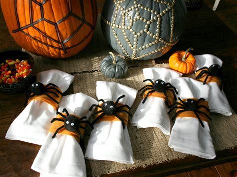 spider napkin rings hgtv