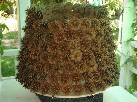 christmas trees with pine cones diy christmas tree made of pine cones shelterness
