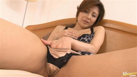 Satsuki Kirioka Is A Hot Milf Japanese Model Porno Movies