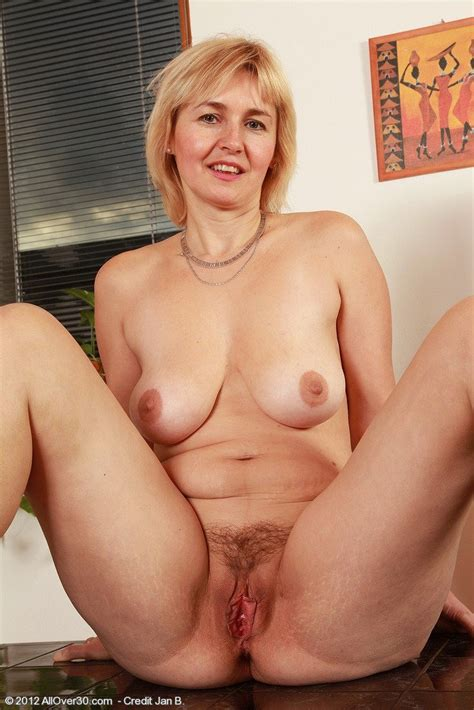 Mature Hairy Saggy Tits Nella Naked Big Tits Galleries