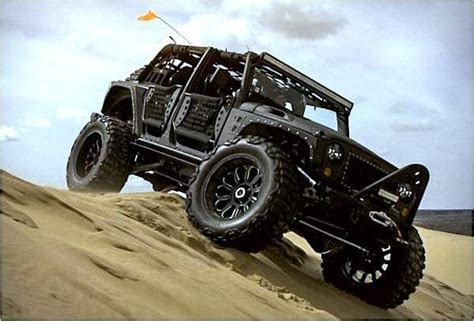 Jeep M715 Concept by Jeep Crew Chief 715 Concept Pays Homage To Kaiser M715