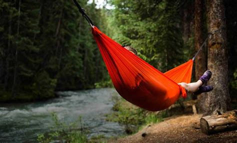 Sleep In A Hammock by Hammock Cing The Ultimate Guide Cool Of The