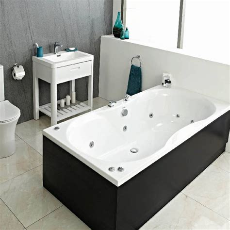 Spa Baths For Bathrooms by Whirlpool Baths Standard Widths Wide Uk Bathrooms