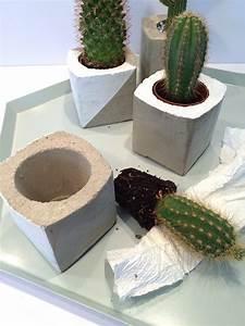 Blumentöpfe Aus Beton : diy blumen bert pfe aus beton selber machen deko kitchen ~ Michelbontemps.com Haus und Dekorationen