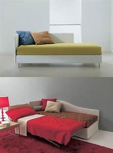 Sofa Mit Holzrahmen : aufklappbares sofa mit orthop dischen netz f r wohnungen idfdesign ~ Frokenaadalensverden.com Haus und Dekorationen