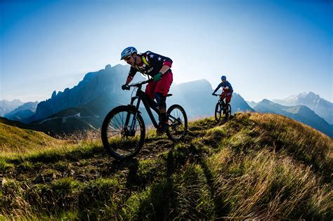 A Guide to Mountain Biking in the Dolomites | Red Bull