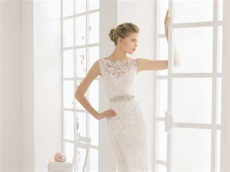 What Are The Best Wedding Dresses For Petite Brides