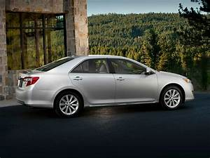 2014 toyota camry price photos reviews features With toyota camry se 2014 invoice price