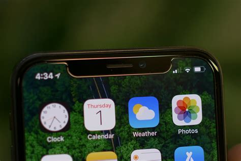 android phone makers embracing  notch