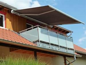 balkonmarkisen als wetter und sichtschutz 45 ideen With markise balkon mit tapeten mit putzstruktur