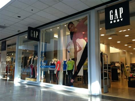 Garden State Mall Gap by Gap S Clothing 1400 Willowbrook Mall Wayne Nj